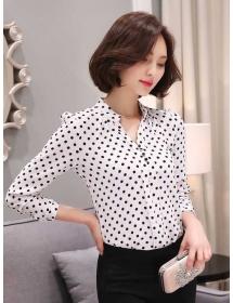 blouse polkadot D3222