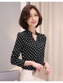 blouse polkadot D3223