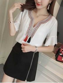 blouse import T3805