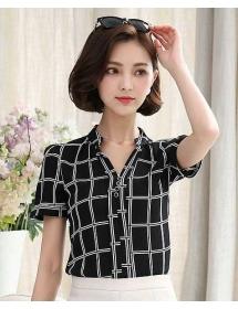 blouse import T3870